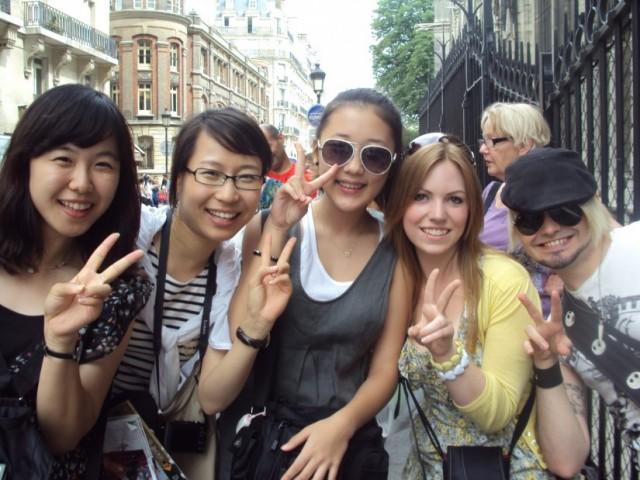 tips-liburan-hemat-ke-korea-selatan-cari-teman-orang-korea-825x619